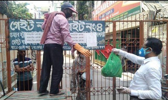 রেড জোন: ওয়ারীতে 'লকডাউন' শুরু