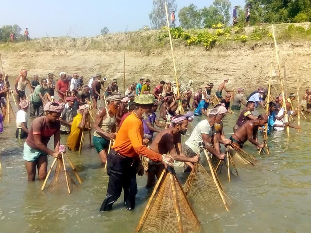 টাঙ্গাইলের ধনবাড়ীতে গ্রামবাংলার ঐতিহ্যবাহী বাওয়া উৎসব